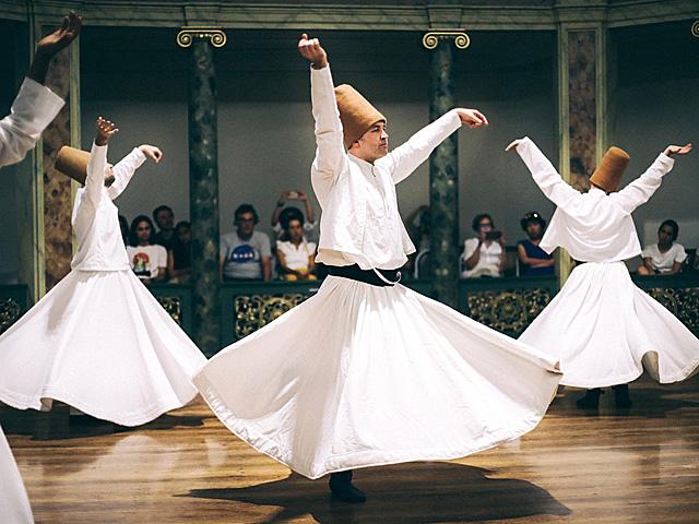 スーフィーダンス